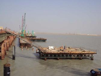 科威特巴比延岛跨海桥梁桩基工程胜利竣工